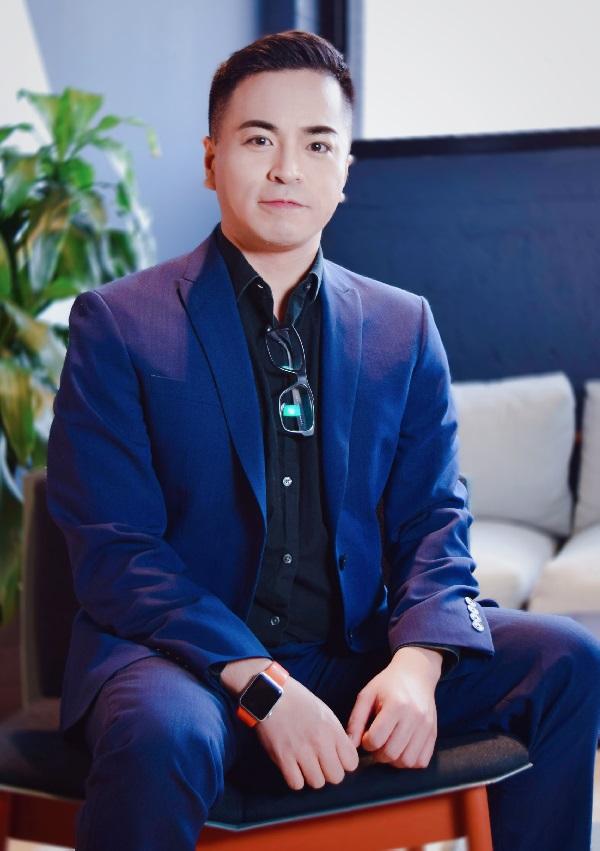 Photograph of Gian Verano, Digital Marketing Expert at NAV43
